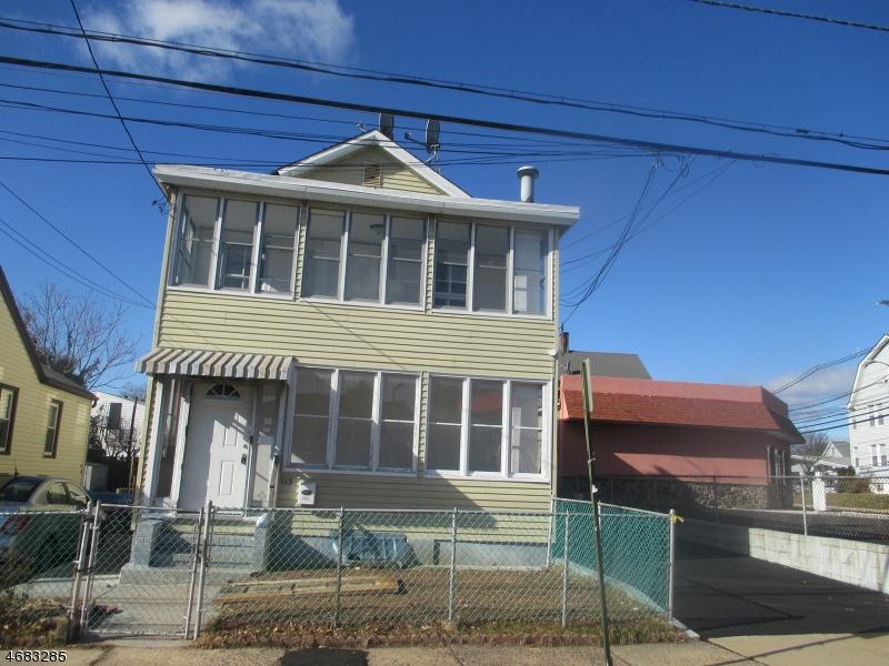 Частный односемейный дом для того Аренда на 113 Dow Street Belleville, Нью-Джерси 07109 Соединенные Штаты