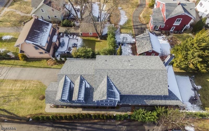 Single Family Home for Sale at 807 E Ridgewood Avenue Ridgewood, New Jersey 07450 United States