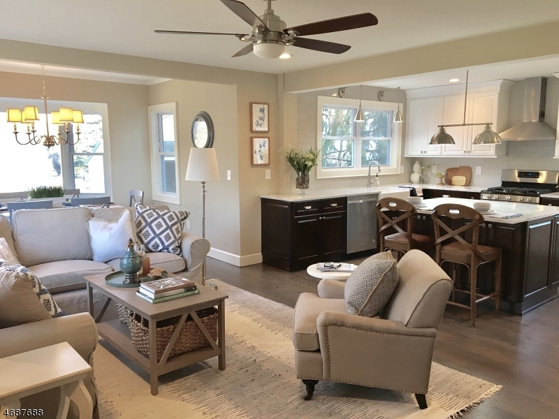 Частный односемейный дом для того Продажа на 47 Dunlap Street New Providence, 07974 Соединенные Штаты
