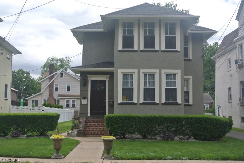 Частный односемейный дом для того Аренда на 124 Elm St, 2 floor Cranford, Нью-Джерси 07016 Соединенные Штаты