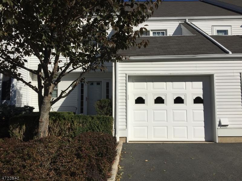 Частный односемейный дом для того Аренда на 55 Hampshire Drive Mendham, Нью-Джерси 07945 Соединенные Штаты