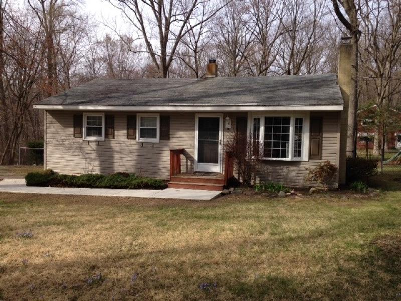 Casa Unifamiliar por un Alquiler en 37 Blakely Lane West Milford, Nueva Jersey 07435 Estados Unidos