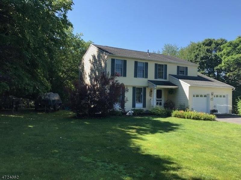 独户住宅 为 销售 在 14 Ivan Road Knowlton, 07832 美国