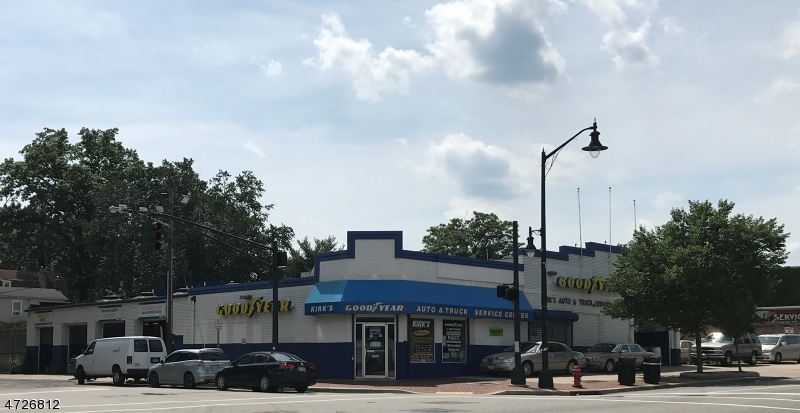 Comercial por un Venta en 152 Central Avenue Orange, Nueva Jersey 07050 Estados Unidos
