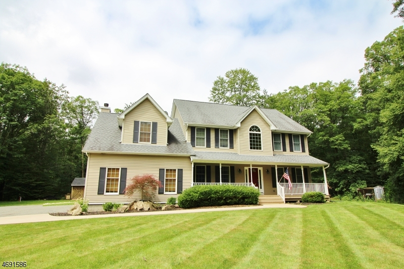Single Family Home for Sale at 179-B MILLBROOK Road Hardwick, 07825 United States