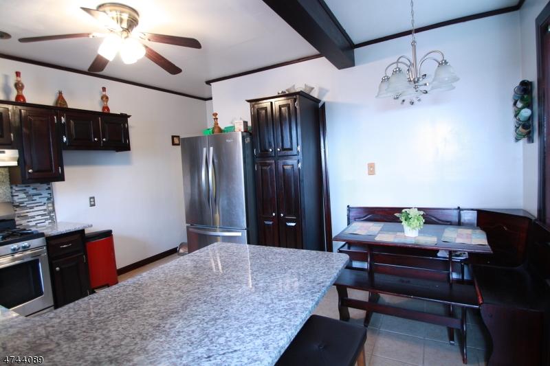 Casa Unifamiliar por un Alquiler en 16 Raymond Street Phillipsburg, Nueva Jersey 08865 Estados Unidos