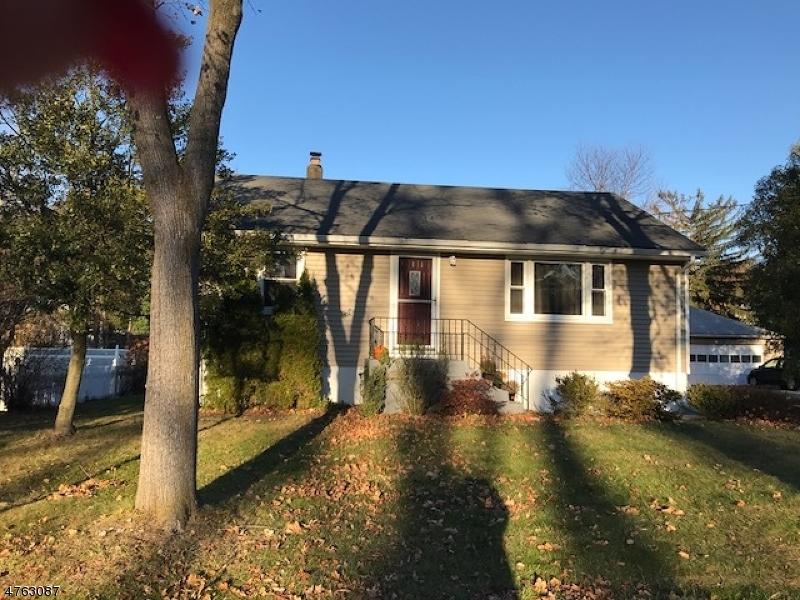 Casa para uma família para Locação às 22 Audubon Pkwy Wayne, Nova Jersey 07470 Estados Unidos