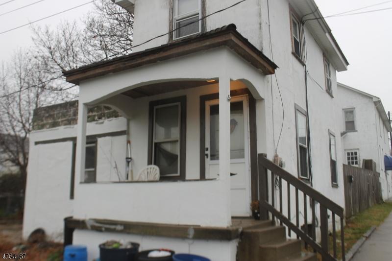 Maison multifamiliale pour l Vente à 160 Sigsbee Avenue Alpha, New Jersey 08865 États-Unis