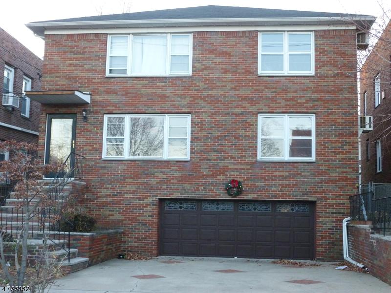 Casa Unifamiliar por un Alquiler en 37-39 Cedar Hill Avenue Belleville, Nueva Jersey 07109 Estados Unidos