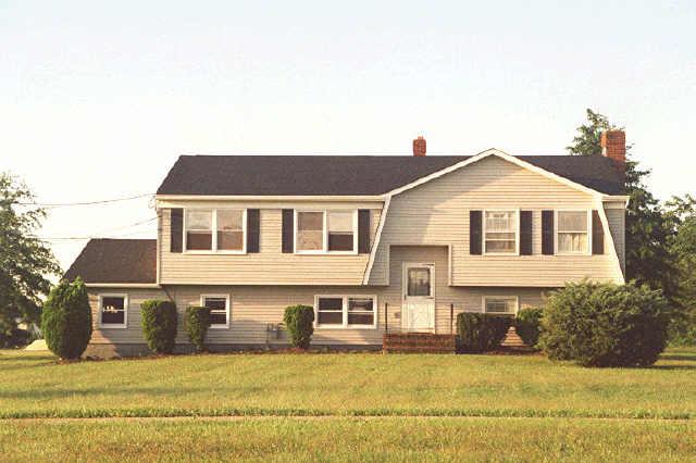 Частный односемейный дом для того Аренда на 690 Hillsborough Road Hillsborough, Нью-Джерси 08844 Соединенные Штаты