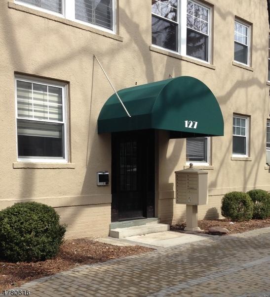 Maison unifamiliale pour l à louer à 127 Summit Avenue Summit, New Jersey 07901 États-Unis