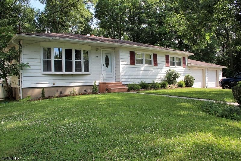Casa Unifamiliar por un Venta en 71 CAMP Lane Fairfield, Nueva Jersey 07004 Estados Unidos
