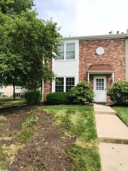 Condo / Townhouse pour l à louer à 81 GETTYSBURG WAY Lincoln Park, New Jersey 07035 États-Unis