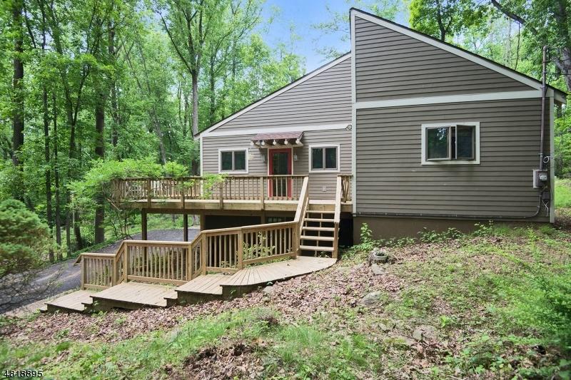 Частный односемейный дом для того Продажа на 86 ZELLERS Road Washington, Нью-Джерси 07853 Соединенные Штаты