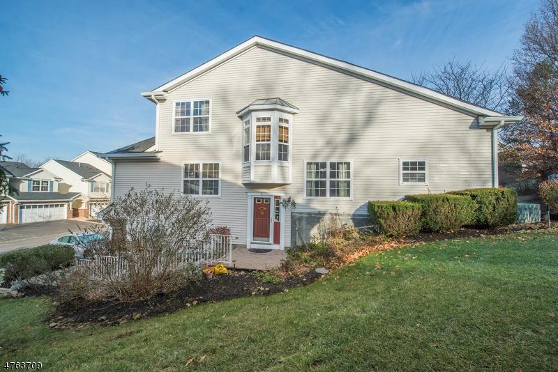 Кондо / дом для того Аренда на 1208 WINDSOR COURT Denville, Нью-Джерси 07834 Соединенные Штаты