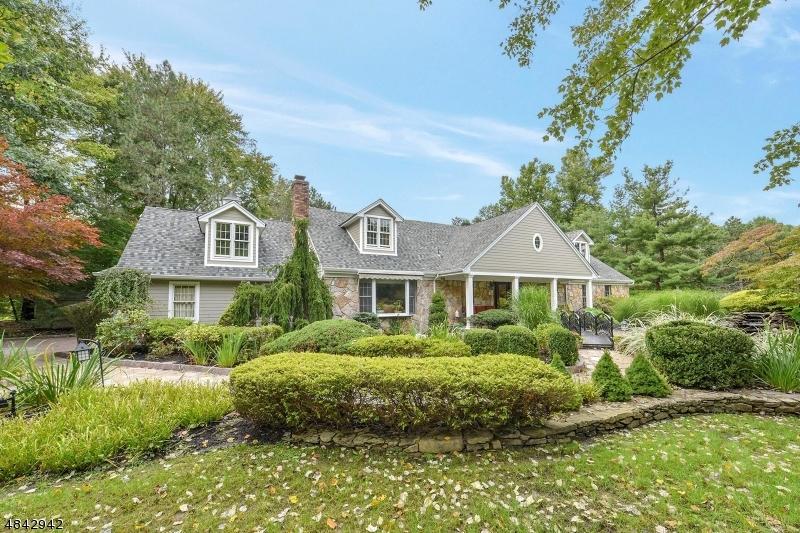 Einfamilienhaus für Verkauf beim 1065 PINES LAKE Drive Wayne, New Jersey 07470 Vereinigte Staaten