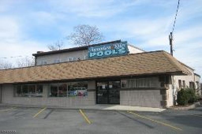 Commercial pour l à louer à 40 Route 23 2B Riverdale, New Jersey 07457 États-Unis