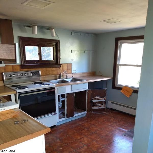 Property för Försäljning vid 26 NUNN Avenue Washington, New Jersey 07882 Usa