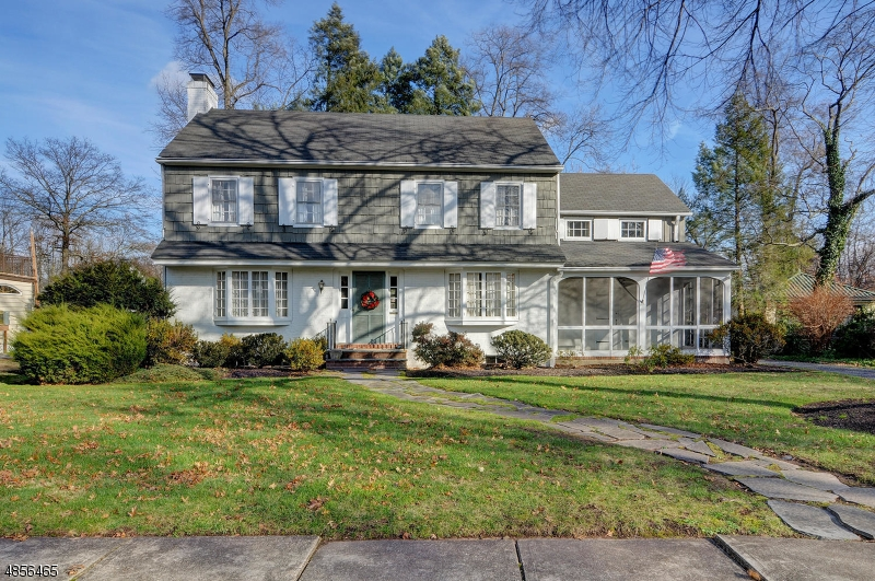 Single Family Home for Sale at 14 HAMPTON Road Cranford, New Jersey 07016 United States