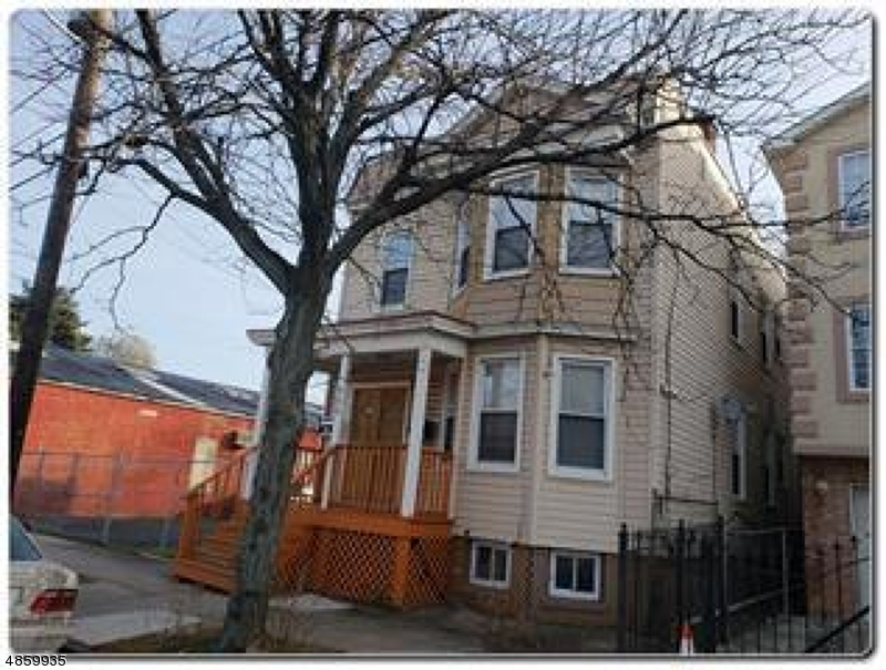 Villas / Townhouses for Sale at 592 S 20TH ST 592 S 20TH ST Newark, New Jersey 07103 United States