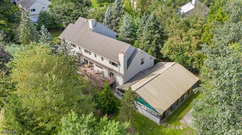 Villa per Vendita alle ore 36 ROZMUS Court Allendale, New Jersey 07401 Stati Uniti