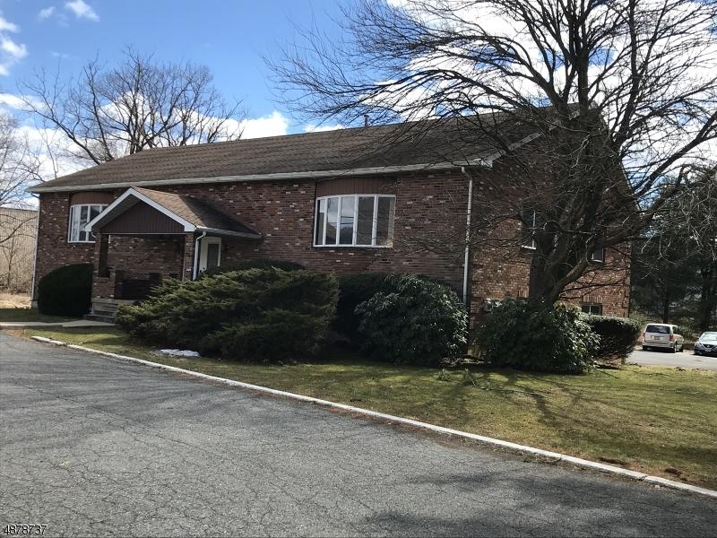 Property のために 賃貸 アット Franklin, ニュージャージー 07882 アメリカ