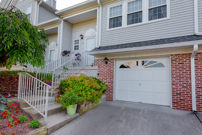 Condominium for Sale at 118 WINGATE DR 118 WINGATE DR Independence Township, New Jersey 07840 United States