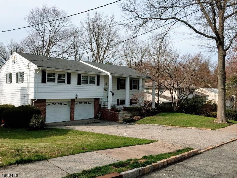 32 COLONIAL WOODS Drive  West Orange, New Jersey 07052 Vereinigte Staaten