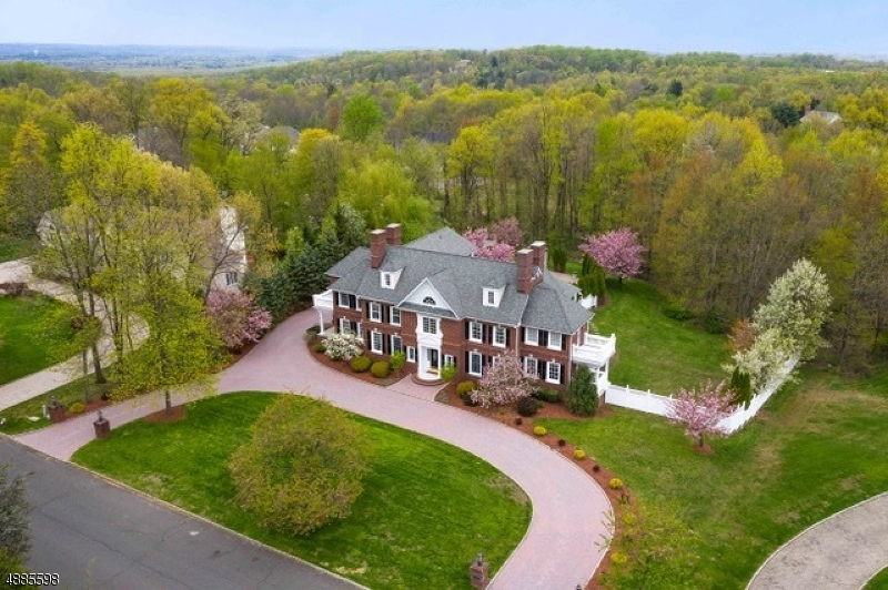 Single Family Home for Sale at Warren, New Jersey 07059 United States