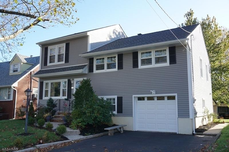 Single Family Homes 為 出售 在 Rahway, 新澤西州 07065 美國