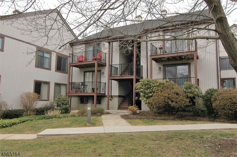Кондо / дом для того Продажа на Stanhope, Нью-Джерси 07874 Соединенные Штаты