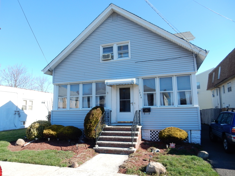 Additional photo for property listing at 1404 Roselle Street  Linden, New Jersey 07036 États-Unis