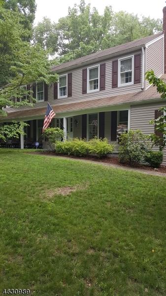 Maison unifamiliale pour l Vente à 92 Pleasant Hill Road Randolph, New Jersey 07869 États-Unis