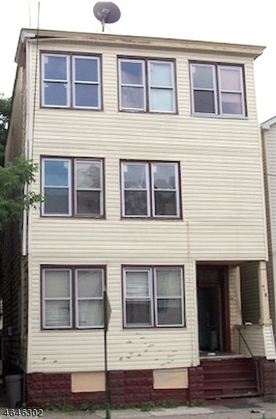 Additional photo for property listing at 140 Lafayette Street  Paterson, New Jersey 07501 États-Unis