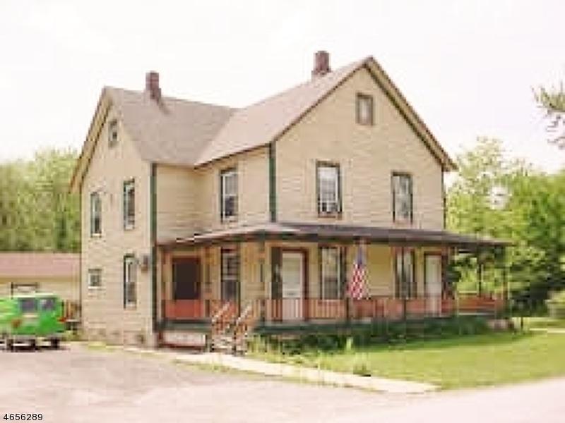 Многосемейный дом для того Продажа на 22-24 Walling Avenue Sussex, 07461 Соединенные Штаты
