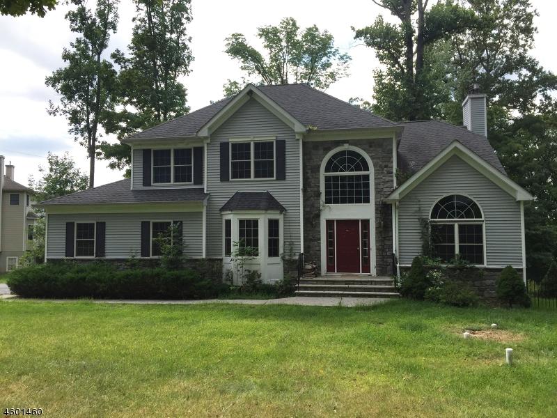 Casa Unifamiliar por un Venta en 420 Stanhope Road Sparta, Nueva Jersey 07871 Estados Unidos