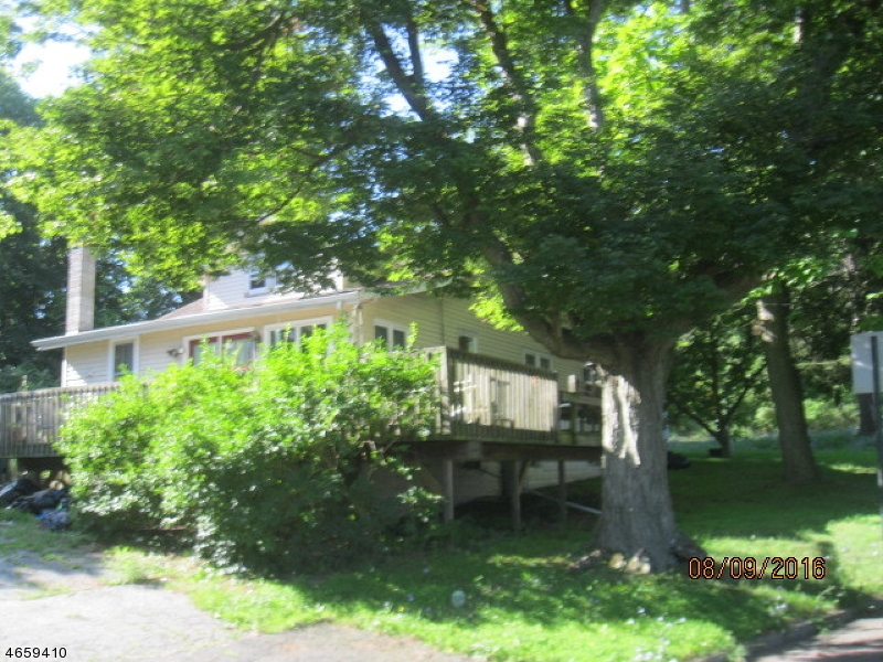 Single Family Home for Sale at 2 Barone Street Netcong, New Jersey 07857 United States