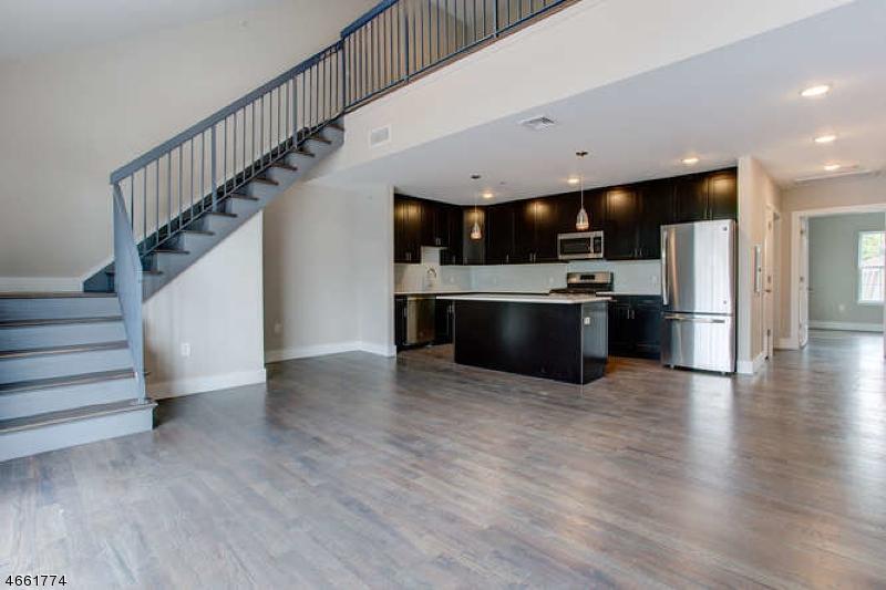 Maison unifamiliale pour l à louer à 59 Willet Street Bloomfield, New Jersey 07003 États-Unis