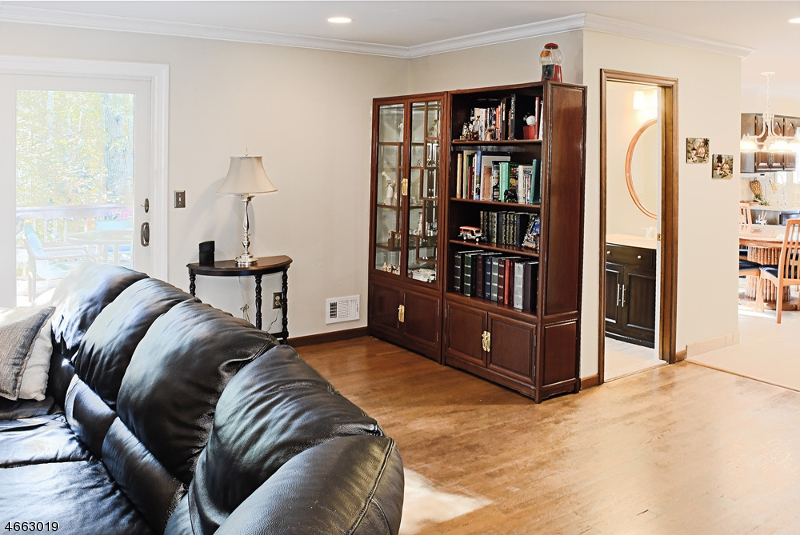 Additional photo for property listing at 31 Tammy Hill Trail  Randolph, Nueva Jersey 07869 Estados Unidos