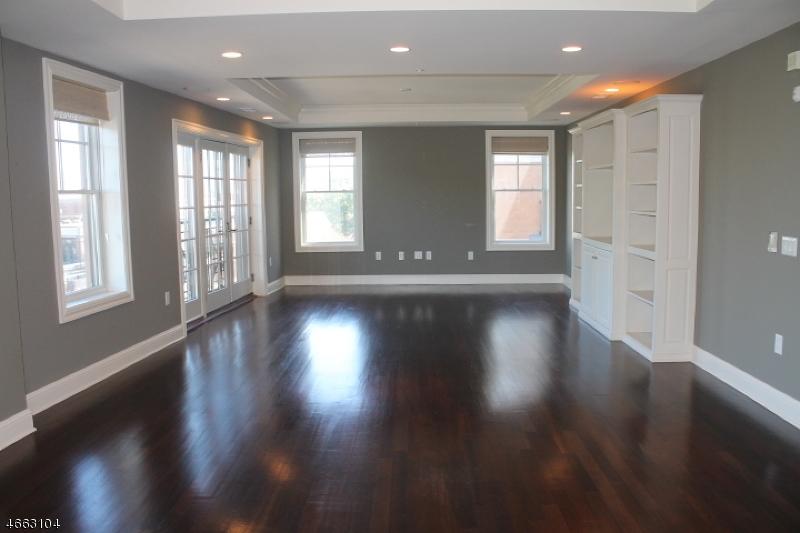 Casa Unifamiliar por un Alquiler en 40 W Park Place Unit 510 Morristown, Nueva Jersey 07960 Estados Unidos