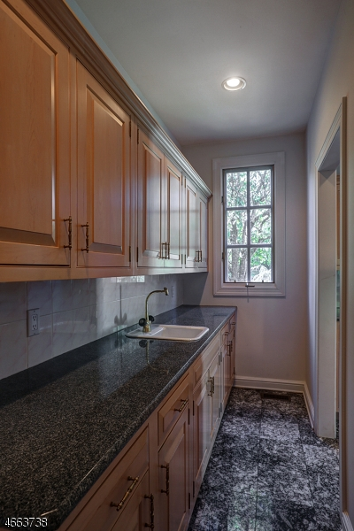 Additional photo for property listing at 25 KRISTY LANE  Watchung, Нью-Джерси 07069 Соединенные Штаты
