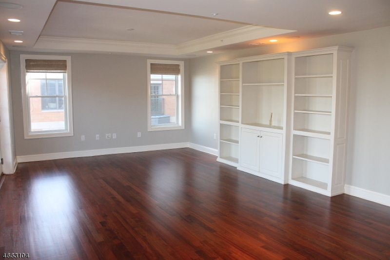 Additional photo for property listing at 40 W Park Place Unit 510  Morristown, Нью-Джерси 07960 Соединенные Штаты
