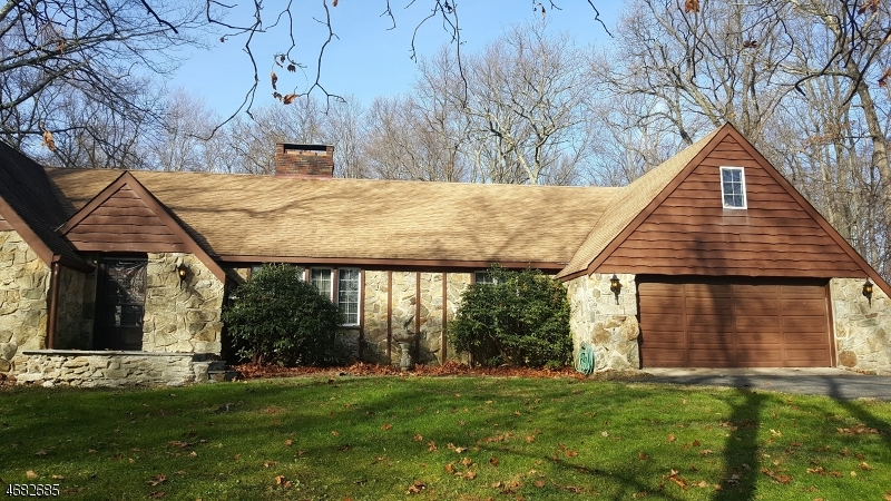 Single Family Home for Sale at 482 Bellwood Park Road Asbury, 08802 United States