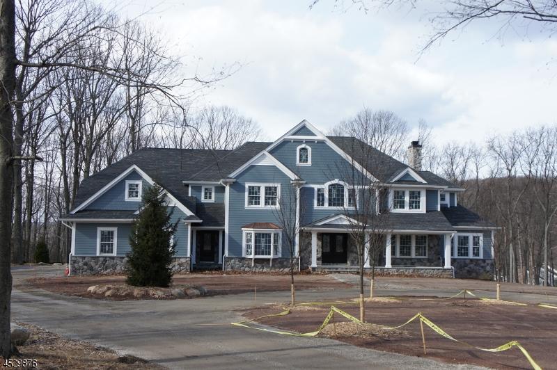 Частный односемейный дом для того Продажа на 80 Stony brook Road Montville, 07082 Соединенные Штаты