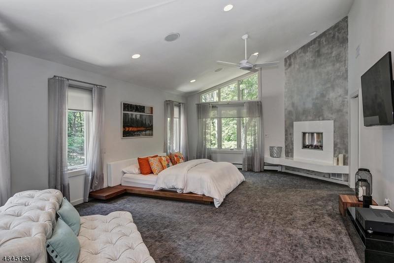 Additional photo for property listing at 22 Canterbury Lane  Watchung, Nueva Jersey 07069 Estados Unidos