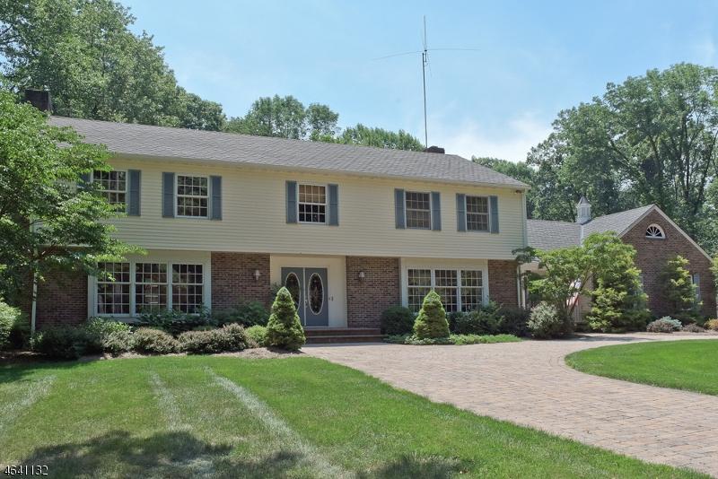 Частный односемейный дом для того Продажа на 1464 Sussex Tpke Randolph, 07869 Соединенные Штаты