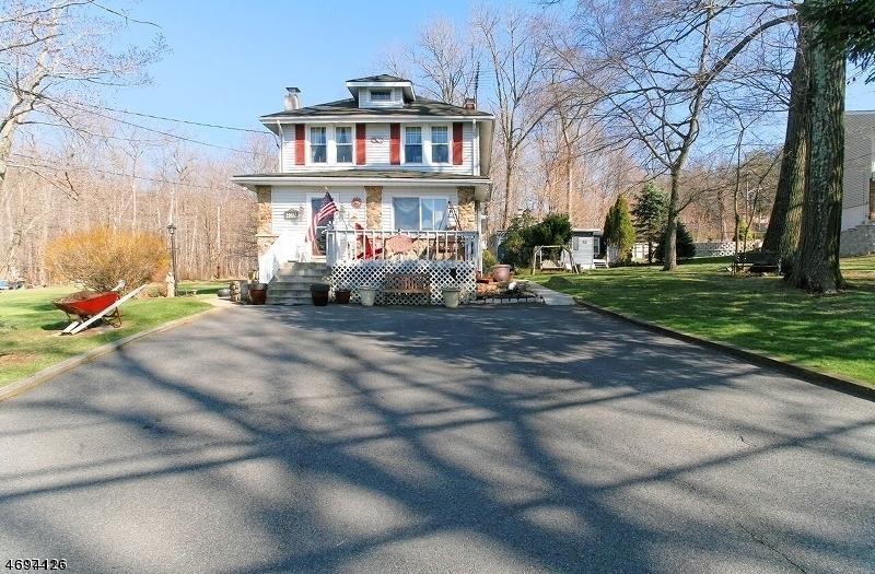 Частный односемейный дом для того Аренда на 436B HOWARD BLVD Mount Arlington, Нью-Джерси 07856 Соединенные Штаты