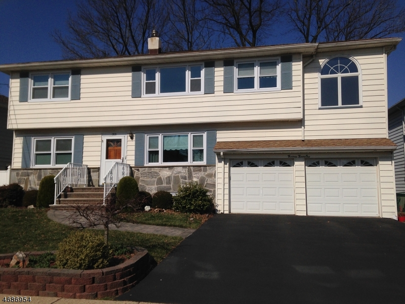 Single Family Home for Rent at 1321 Woodruff Place Union, New Jersey 07083 United States