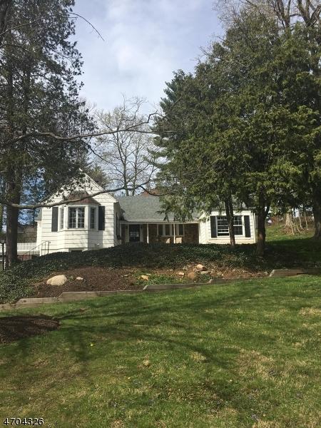 Casa Unifamiliar por un Alquiler en 709 Springfield Avenue Summit, Nueva Jersey 07901 Estados Unidos