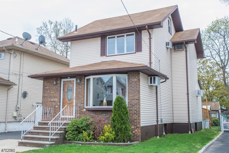 Casa Unifamiliar por un Venta en 172 Post Avenue Lyndhurst, Nueva Jersey 07071 Estados Unidos